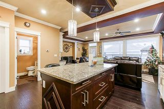 Photo 7: 5873 131A Street in Surrey: Panorama Ridge House for sale : MLS®# R2373398