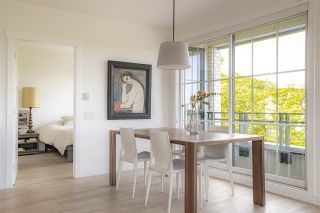 """Photo 6: PH10 2468 BAYSWATER Street in Vancouver: Kitsilano Condo for sale in """"THE BAYSWATER"""" (Vancouver West)  : MLS®# R2461523"""