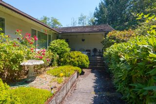 Photo 4: 1070 McTavish Rd in : NS Ardmore House for sale (North Saanich)  : MLS®# 879873
