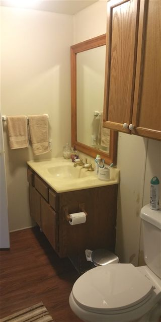 Photo 5: OCEANSIDE Manufactured Home for sale : 4 bedrooms : 4660 N River Road #80