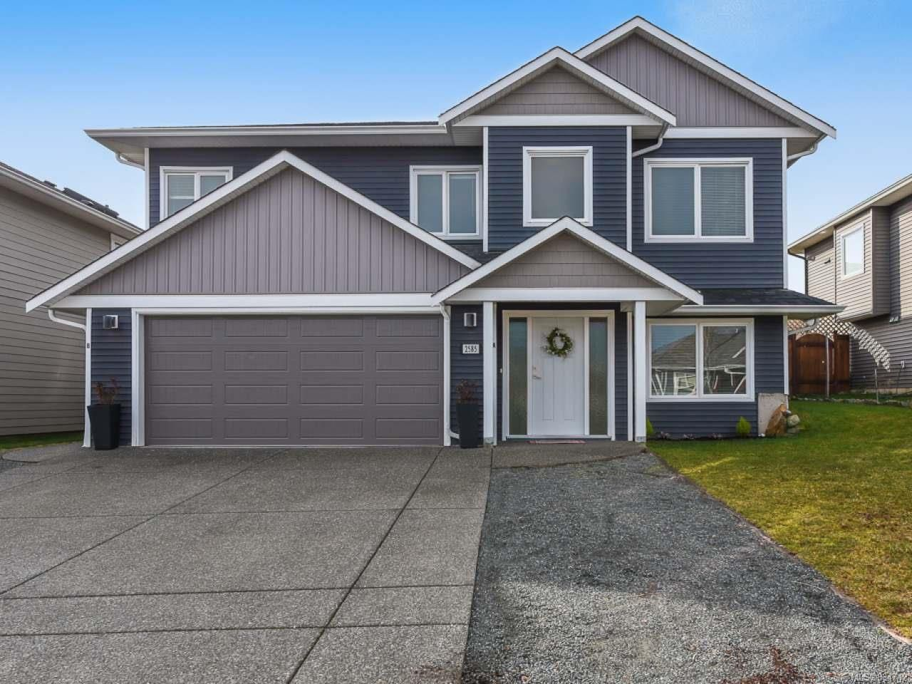 Main Photo: 2585 Kendal Ave in CUMBERLAND: CV Cumberland House for sale (Comox Valley)  : MLS®# 834712