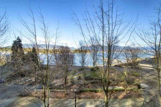 """Photo 3: 102 277 THURLOW Street in Vancouver: Coal Harbour Townhouse for sale in """"Three Harbour Green"""" (Vancouver West)  : MLS®# R2595080"""