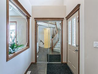 Photo 2: 75 Evansmeade Common NW in Calgary: Evanston Detached for sale : MLS®# A1058218