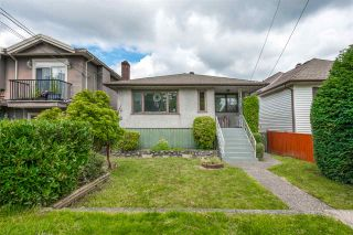 Photo 1: 8147 17TH AVENUE in Burnaby: East Burnaby House for sale (Burnaby East)  : MLS®# R2468704