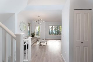 """Photo 2: 91 55 HAWTHORN Drive in Port Moody: Heritage Woods PM Townhouse for sale in """"COBALT SKY"""" : MLS®# R2590568"""