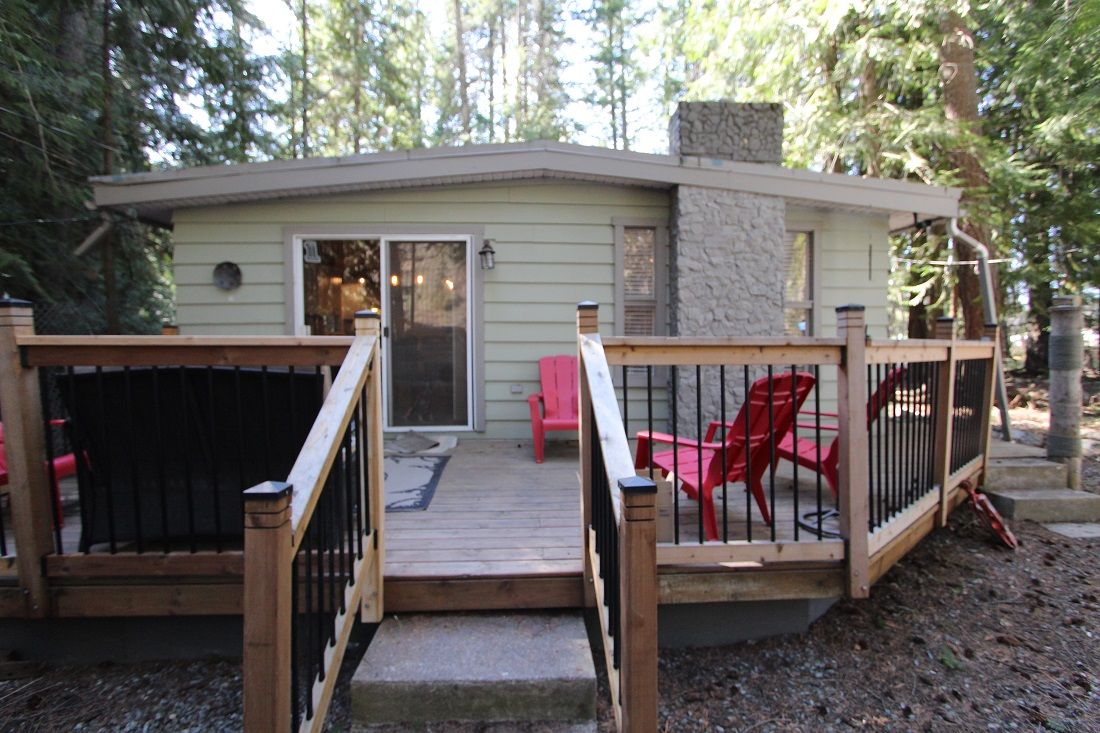 Main Photo: 4180 Squilax Anglemont Road in Scotch Creek: North Shuswap House for sale (Shuswap)  : MLS®# 10229907