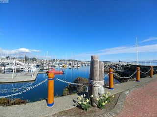Photo 25: 202 10030 Resthaven Dr in SIDNEY: Si Sidney North-East Condo for sale (Sidney)  : MLS®# 809753