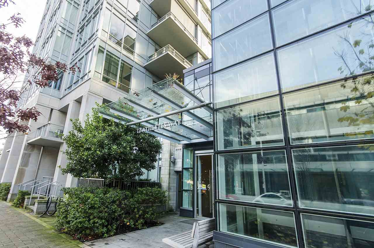 """Main Photo: 405 12 ATHLETES Way in Vancouver: False Creek Condo for sale in """"KAYAK"""" (Vancouver West)  : MLS®# R2236470"""