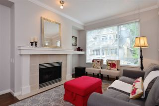 "Photo 2: 72 2588 152 Street in Surrey: King George Corridor Townhouse for sale in ""Woodgrove"" (South Surrey White Rock)  : MLS®# R2162320"