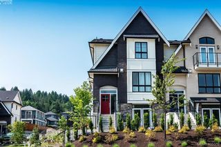 Photo 2: 2854 Turnstyle Cres in VICTORIA: La Langford Lake Row/Townhouse for sale (Langford)  : MLS®# 805715