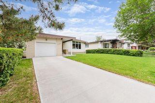 Photo 3: 11208 36 Avenue in Edmonton: Zone 16 House for sale : MLS®# E4249289