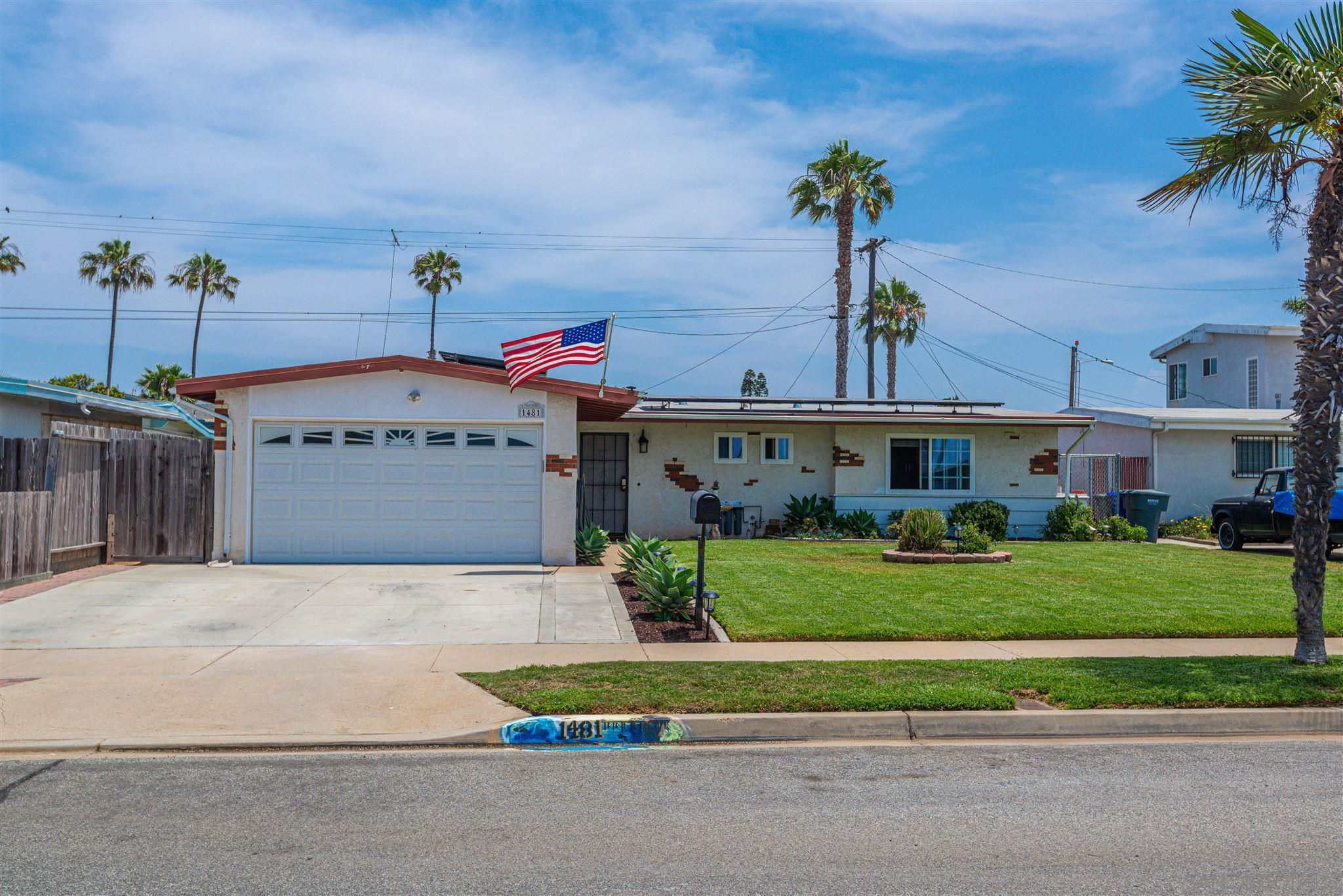 Main Photo: IMPERIAL BEACH House for sale : 3 bedrooms : 1481 Louden Ln