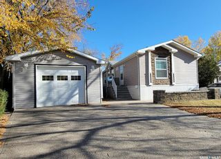 Photo 2: 39 Crystal Drive in Coppersands: Residential for sale : MLS®# SK872080
