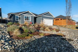 Photo 1: 3363 Solport St in : CV Cumberland House for sale (Comox Valley)  : MLS®# 862837