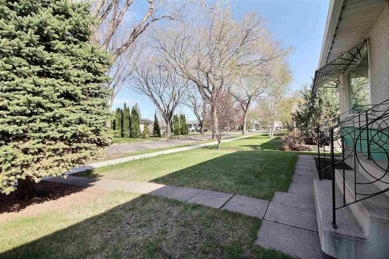 Main Photo: 12129 41 Street in Edmonton: Zone 23 House for sale : MLS®# E4244758