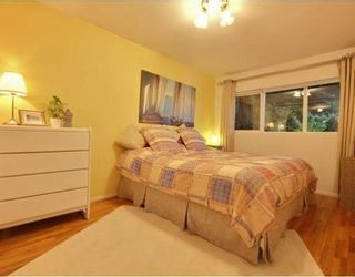 Photo 9: 1350 GREENBRIAR Way in North Vancouver: Home for sale : MLS®# V798599