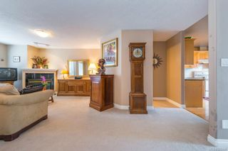 Photo 2: 3846 Stamboul St in : SE Mt Tolmie Row/Townhouse for sale (Saanich East)  : MLS®# 625580