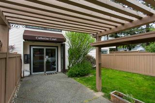 """Photo 2: 9 19991 53A Avenue in Langley: Langley City Condo for sale in """"Catherine Court"""" : MLS®# R2391257"""