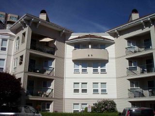 """Photo 2: 415 3172 GLADWIN Road in Abbotsford: Central Abbotsford Condo for sale in """"Regency Park"""" : MLS®# R2480665"""