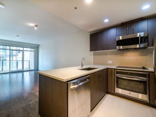 "Photo 4: 503 5981 GRAY Avenue in Vancouver: University VW Condo for sale in ""SAIL"" (Vancouver West)  : MLS®# R2511579"