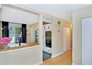 Photo 6: 656 84 Avenue SW in Calgary: Haysboro Residential Detached Single Family for sale : MLS®# C3637895