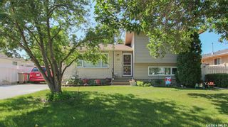 Main Photo: 38 Bastedo Crescent in Regina: Normanview West Residential for sale : MLS®# SK863500