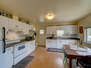 Photo 14: 5689 PORPOISE BAY Road in Sechelt: Sechelt District House for sale (Sunshine Coast)  : MLS®# R2590834