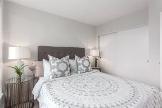 """Photo 15: 2003 939 EXPO Boulevard in Vancouver: Yaletown Condo for sale in """"THE MAX"""" (Vancouver West)  : MLS®# R2102471"""