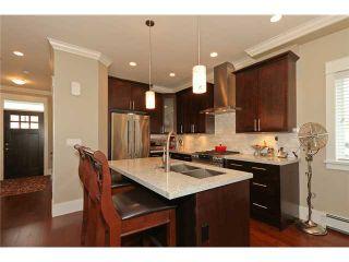 Photo 3: A 4584 51ST Street in Ladner: Ladner Elementary House for sale : MLS®# V953385
