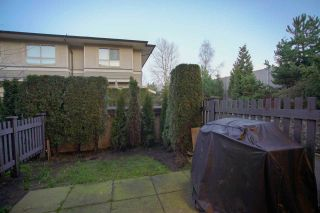 Photo 15: 20 301 KLAHANIE Drive in Port Moody: Port Moody Centre Townhouse for sale : MLS®# R2032725