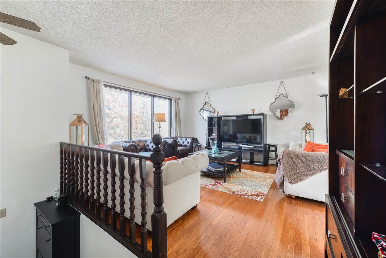 Main Photo:  in Edmonton: Zone 27 House for sale : MLS®# E4231879