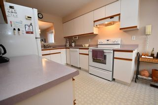 Photo 5: 12 10 Laguna Parkway in Ramara: Brechin Condo for sale : MLS®# S4423252