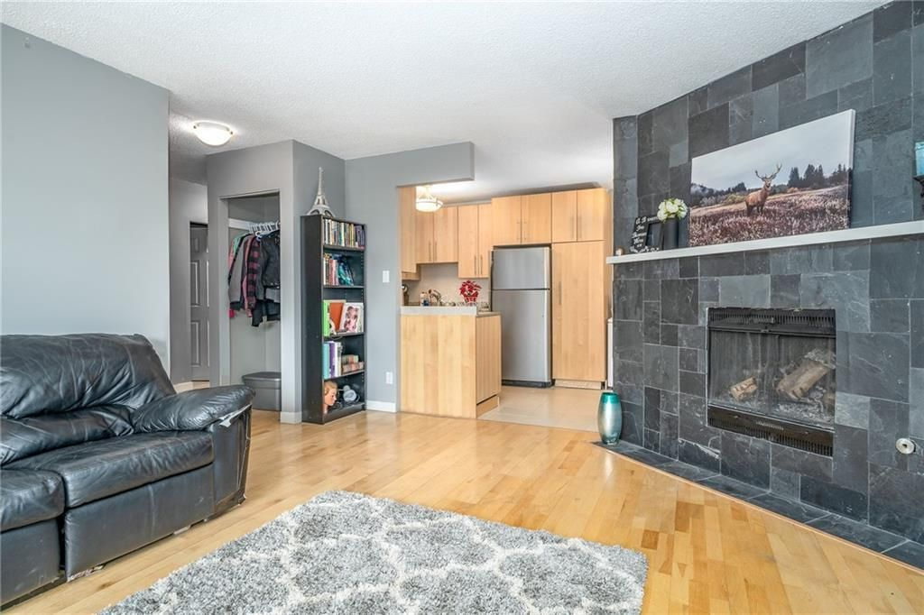 Main Photo: 305 2401 16 Street SW in Calgary: Bankview Apartment for sale : MLS®# C4291595