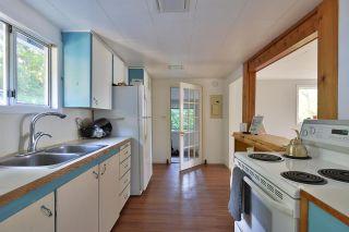 "Photo 10: 5273 LITTLE Lane in Sechelt: Sechelt District House for sale in ""SELMA PARK"" (Sunshine Coast)  : MLS®# R2582676"