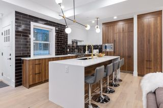 """Photo 6: 3255 W KING EDWARD Avenue in Vancouver: Dunbar Townhouse for sale in """"Boulevard/Dunbar"""" (Vancouver West)  : MLS®# R2580999"""