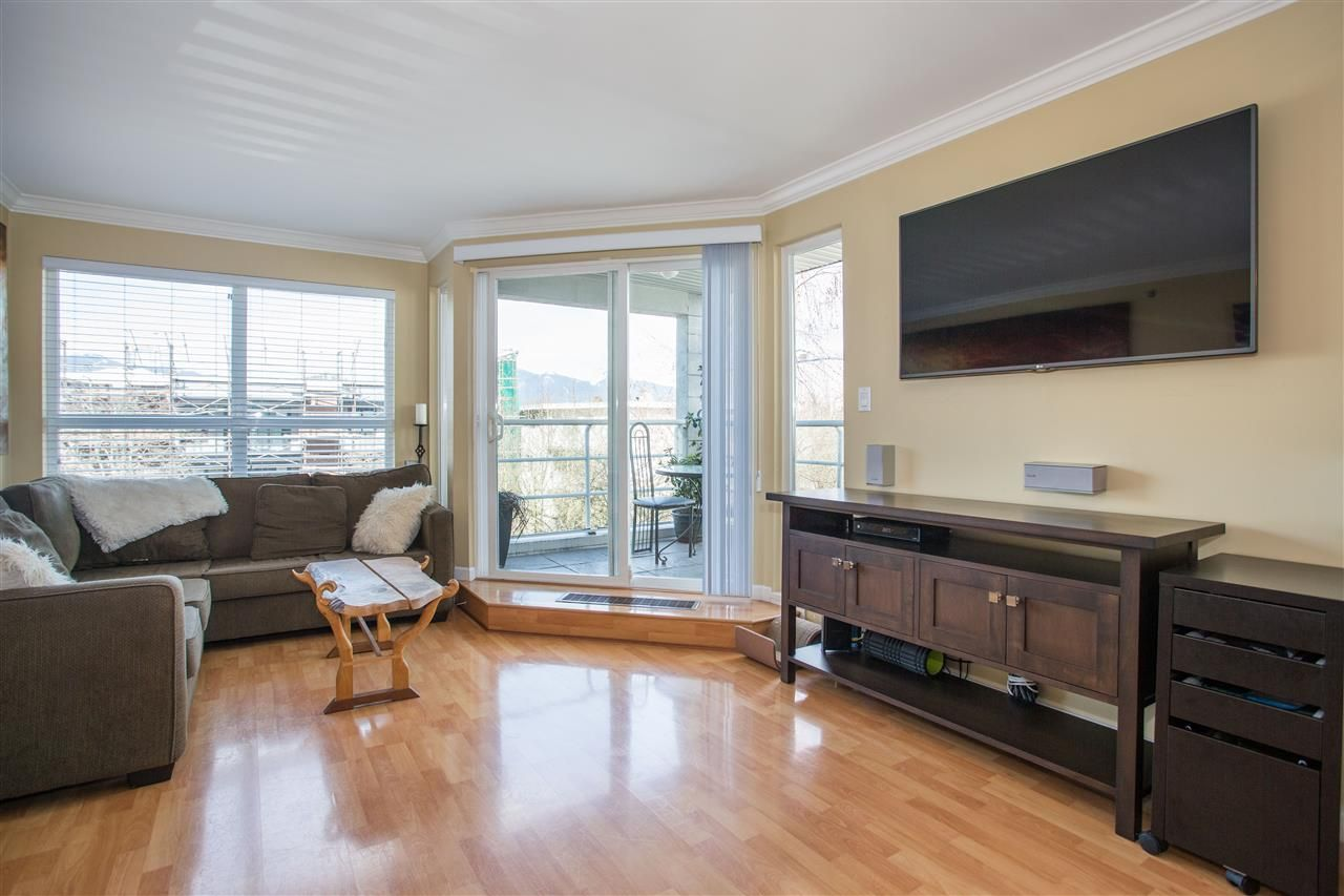 Photo 4: Photos: 2232 YORK Avenue in Vancouver: Kitsilano Townhouse for sale (Vancouver West)  : MLS®# R2255539