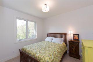 Photo 22: 1635 Kings Road in Victoria: Oaklands House for sale : MLS®# VIR411055