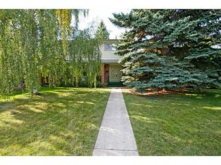 Photo 1: 39 LAKE SUNDANCE Place SE in CALGARY: Lake Bonavista Residential Detached Single Family for sale (Calgary)  : MLS®# C3635850