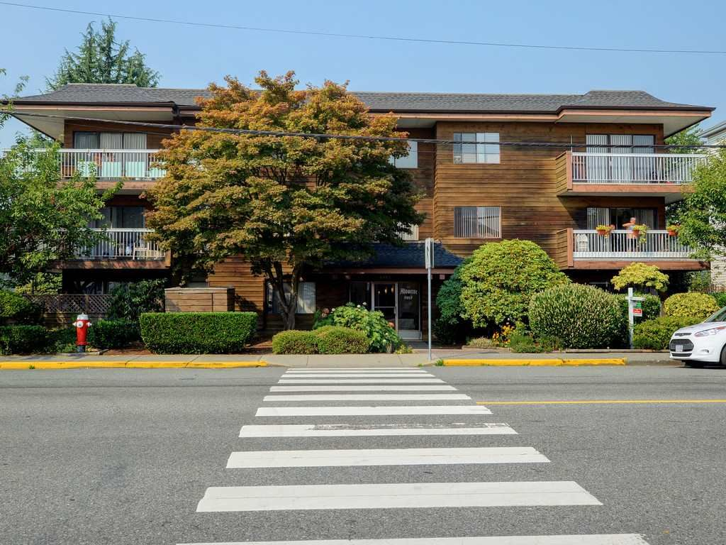 Main Photo: 107 11957 223 STREET in : West Central Condo for sale : MLS®# R2300130