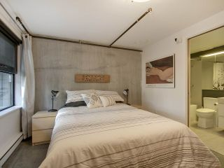 """Photo 18: 305 428 W 8TH Avenue in Vancouver: Mount Pleasant VW Condo for sale in """"XL LOFTS"""" (Vancouver West)  : MLS®# R2184000"""