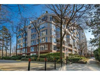 """Photo 1: 314 518 MOBERLY Road in Vancouver: False Creek Condo for sale in """"NEWPORT QUAY"""" (Vancouver West)  : MLS®# R2437240"""