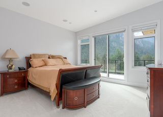 """Photo 20: 2237 WINDSAIL Place in Squamish: Plateau House for sale in """"Crumpit Woods"""" : MLS®# R2621159"""