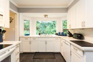 "Photo 7: 10447 GLENMOOR Place in Surrey: Fraser Heights House for sale in ""Fraser Glen"" (North Surrey)  : MLS®# R2406510"