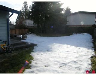 """Photo 8: 15226 FLAMINGO Place in Surrey: Bolivar Heights House for sale in """"BIRDLAND"""" (North Surrey)  : MLS®# F2902338"""