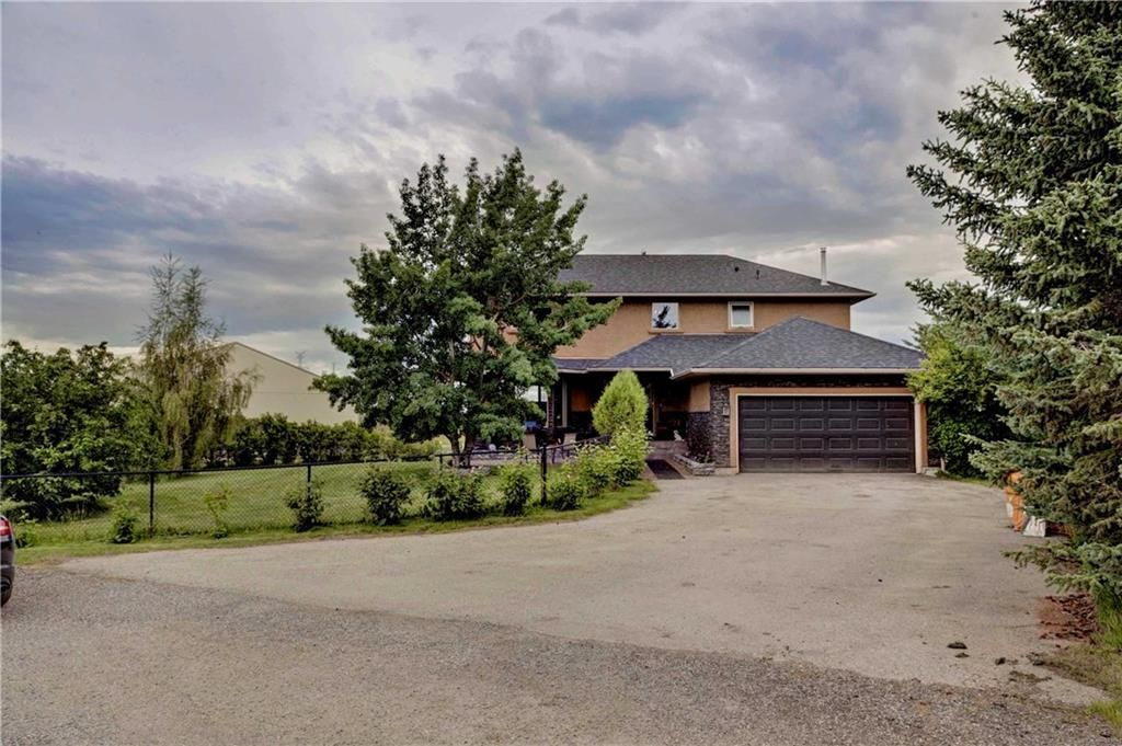 Main Photo: 27 CANAL Court in Rural Rocky View County: Rural Rocky View MD Detached for sale : MLS®# A1118876