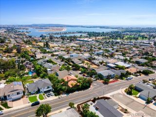 Photo 30: BAY PARK House for sale : 4 bedrooms : 3636 Mount Laurence Dr in San Diego