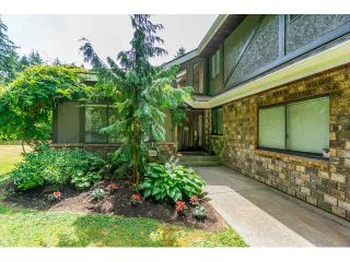 Photo 3: 2095 204A Street in Langley: Brookswood Langley House for sale : MLS®# F1450193