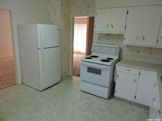 Photo 4: 13 Lincoln Avenue in Yorkton: West YO Residential for sale : MLS®# SK824129