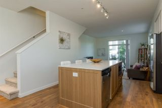 """Photo 6: 37 8438 207A Street in Langley: Willoughby Heights Townhouse for sale in """"YORK By Mosaic"""" : MLS®# R2211838"""