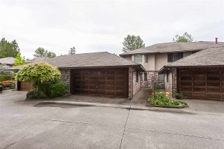 """Photo 1: 3 1620 148 Street in Surrey: Sunnyside Park Surrey Townhouse for sale in """"ENGLESEA COURT"""" (South Surrey White Rock)  : MLS®# R2429994"""